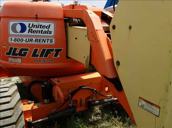 2011 JLG 600A Boom Lift