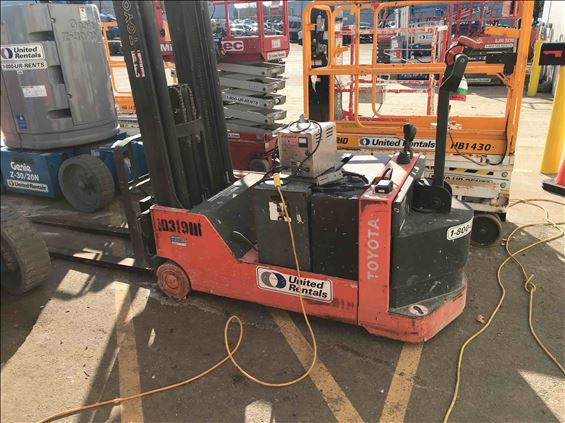 2014 Toyota 6BWC20 Warehouse Forklift