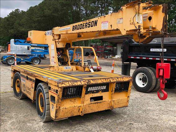 2010 Broderson IC-80-3G Crane