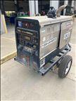2016 Lincoln Electric VANTAGE 520 Welder