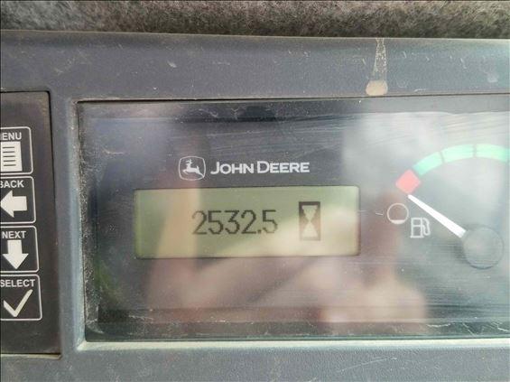 2017 John Deere 331G