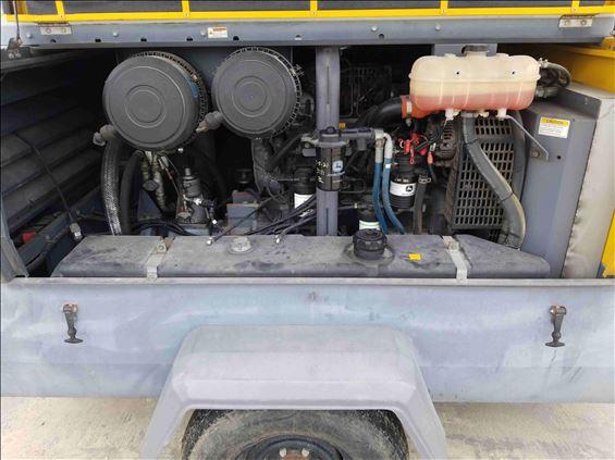 2014 Atlas Copco XAS400 JD7 IT4 Air Compressor