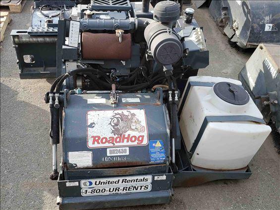 2016 ROADHOG RH2450