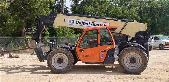 2017 JLG 1055 Reach Forklift