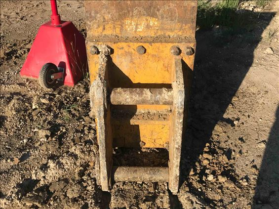 2017 Americ DC-24BLWP Earthmoving Attachment