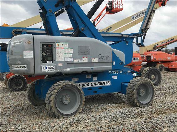 2013 Genie S-60 (T4F) Boom Lift