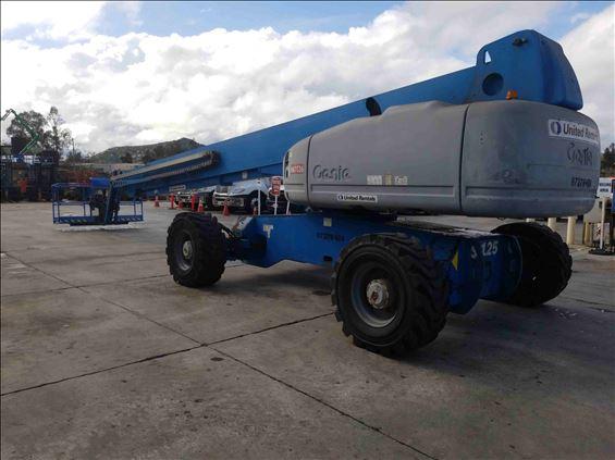 2011 Genie S-125 Boom Lift