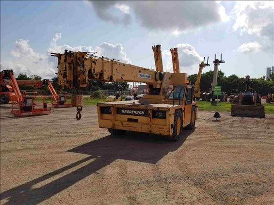2007 Broderson IC-200-3F Crane
