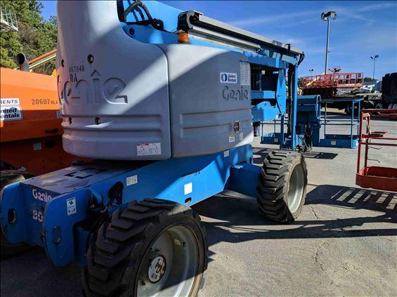2011 Genie Z-60/34 Boom Lift