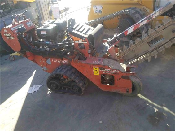 2013 Ditch Witch RT12 Trencher