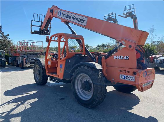 2014 JLG 644E-42 Rough Terrain Forklift
