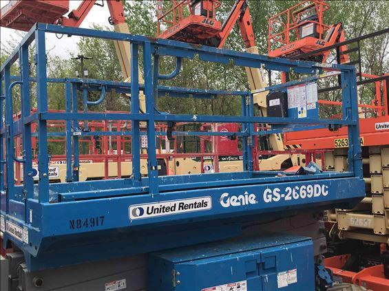 2013 Genie GS2669DC Scissor Lift
