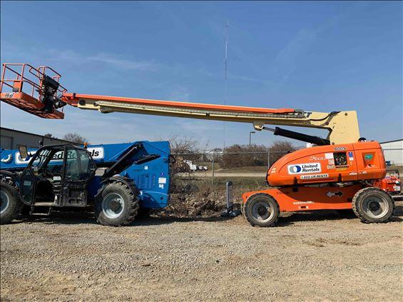 2010 JLG 800S Boom Lift