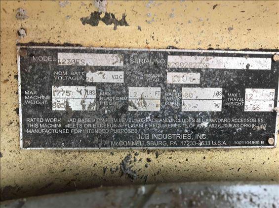 2011 JLG 1230ES Scissor Lift