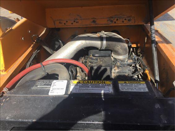 2003 Broderson IC-80-3G Crane