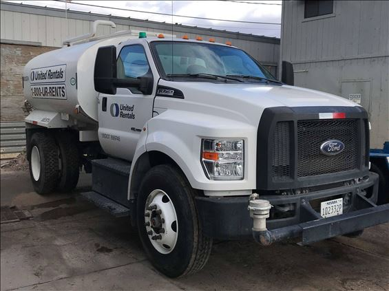 2018 Ford F-750 WATER Water Truck