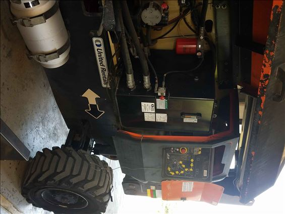 2011 JLG 800A Boom Lift