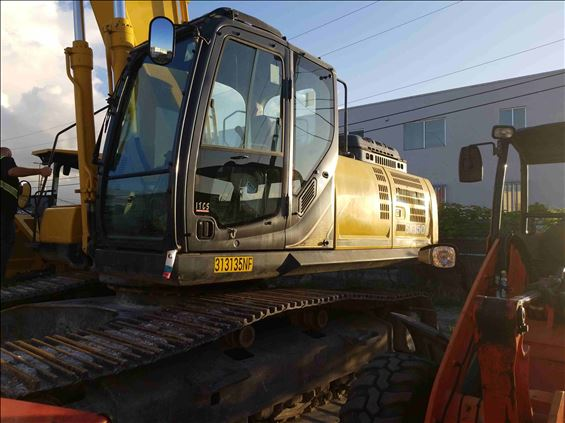2016 Kobelco SK350LC-9E Excavator