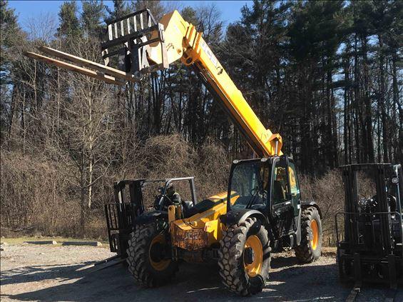 2013 JCB 507-42 Rough Terrain Forklift
