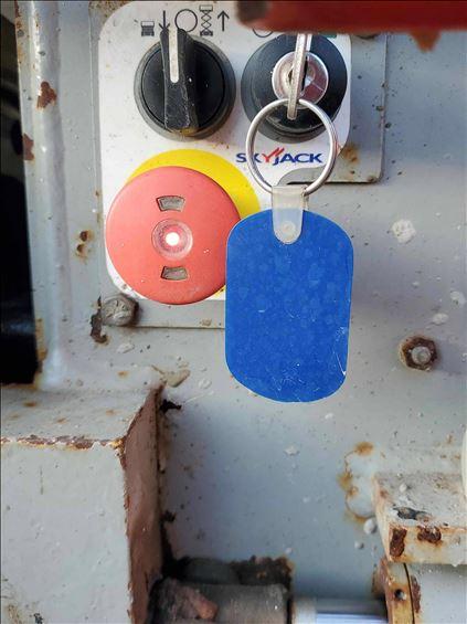 2011 Skyjack SJIII3220 Scissor Lift