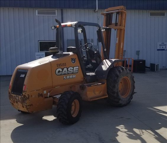 2013 Case 588H Rough Terrain Forklift