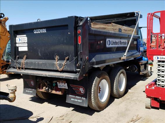 2017 INTERNAT'L 7400SBA6X4 DUMP Dump Truck