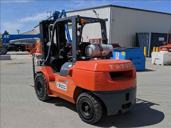 2013 Toyota 7FGU45 Warehouse Forklift