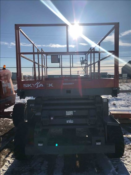 2017 Skyjack SJ8831RT Scissor Lift