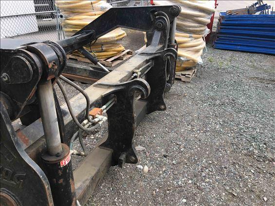 "2015 TAG 72""CARR CASE821 Earthmoving Attachment"