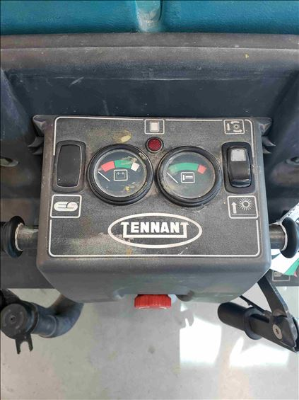 2017 Tennant M-5700