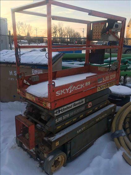 2012 Skyjack SJIII3219 Scissor Lift