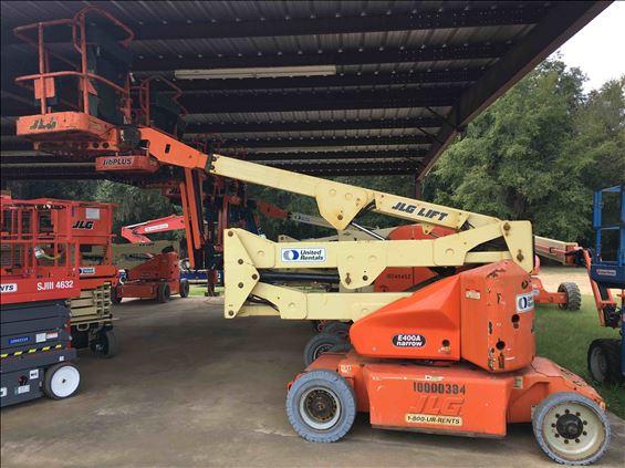 2011 JLG E400AN Boom Lift