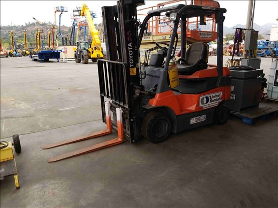 2012 Toyota 7FBH25 Warehouse Forklift