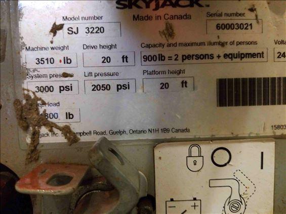 2012 Skyjack SJIII3220 Scissor Lift
