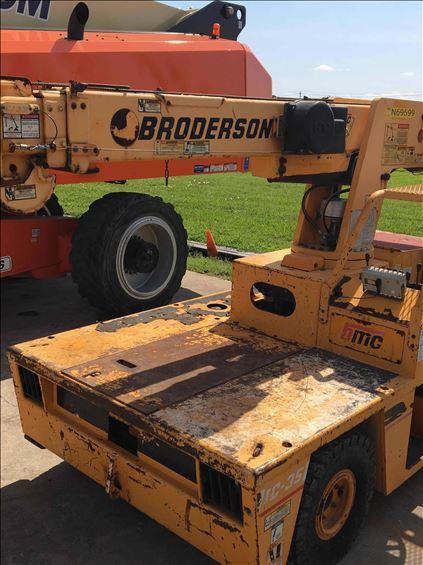 2011 Broderson IC-35-2E Crane