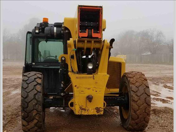 2012 CAT TL1055C Rough Terrain Forklift