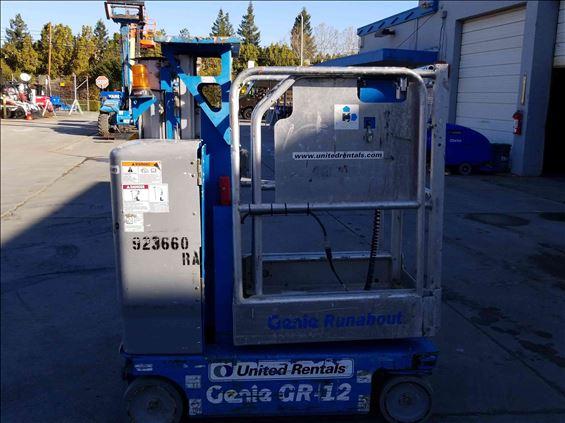 2012 Genie GR-12 Scissor Lift