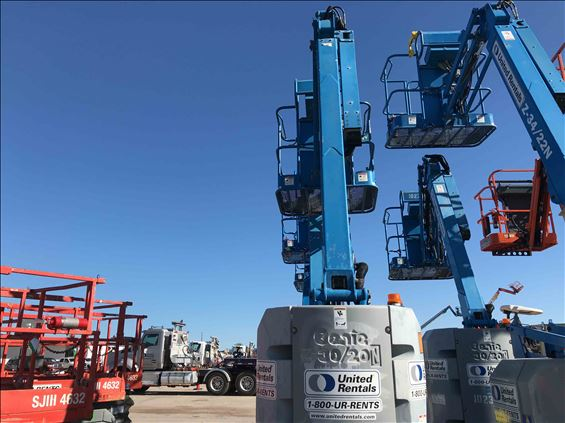 2013 Genie Z-30/20N Boom Lift