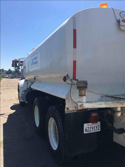 2015 PETERBILT 348 Water Truck