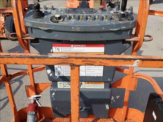 2012 JLG E300AJ Boom Lift