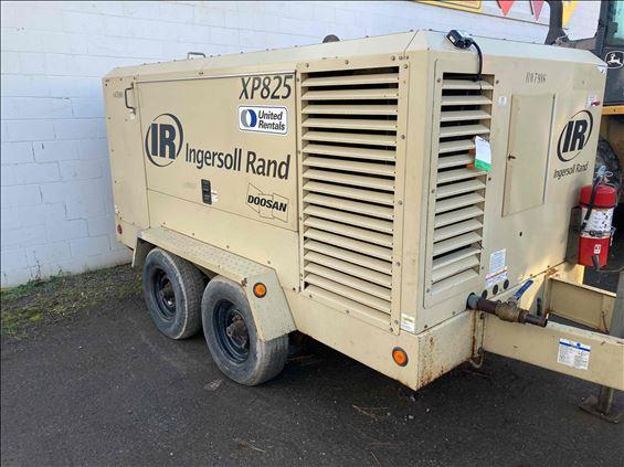 2011 Ingersoll Rand XP825WCU Air Compressor
