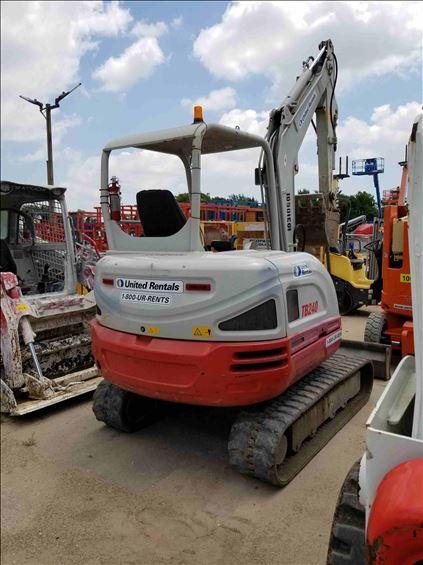 2014 Takeuchi TB240 Mini-Excavator