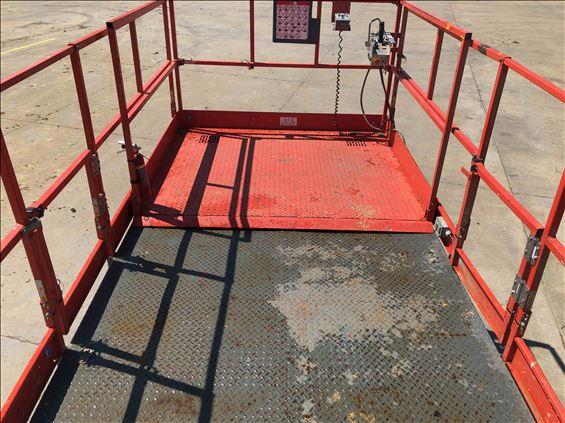 2013 Skyjack SJ9250RT Scissor Lift