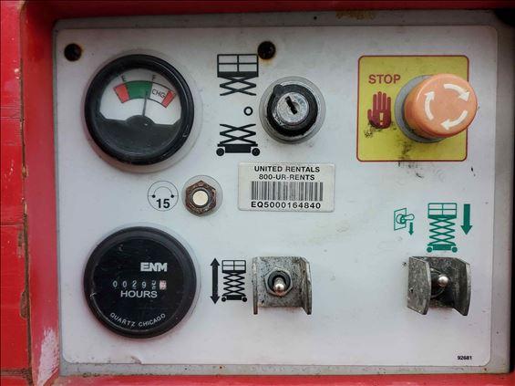 2012 MEC 2659 ERT Scissor Lift