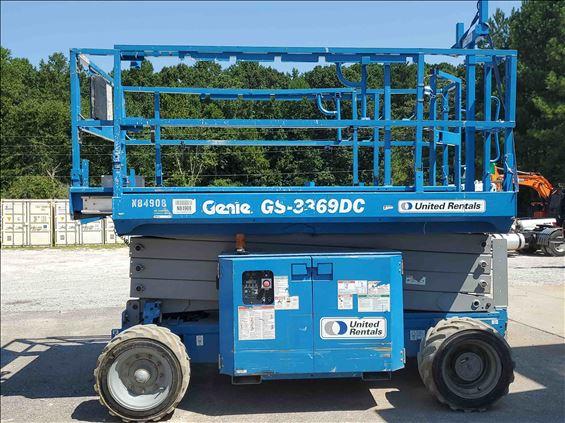 2013 Genie GS3369DC Scissor Lift