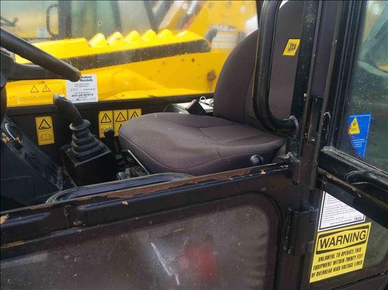 2017 JCB 514-56 Rough Terrain Forklift