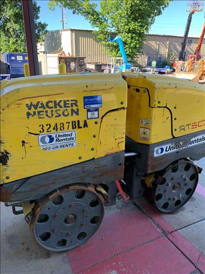 2016 Wacker Neuson RTKX-SC3 Walk-Behind Roller
