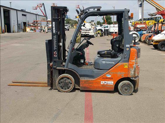 2013 Toyota 8FGCU20 Warehouse Forklift