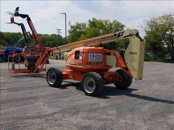 2011 JLG E600JP Boom Lift