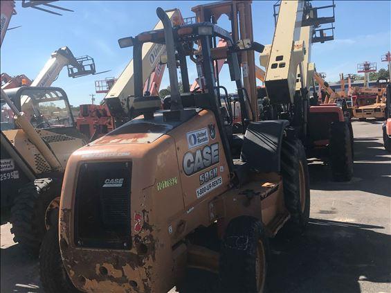 2013 Case 586H Rough Terrain Forklift